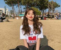 Do you wear make-up? Pretty Korean Girls, Cute Korean Girl, Asian Girl, Korean Beauty, Asian Beauty, Applis Photo, Ulzzang Korean Girl, Uzzlang Girl, Ulzzang Fashion