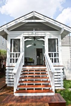 The Porch &; Kath Eats Real Food The Porch &; Kath Eats Real Food Pini Kitchen Great porch from Kath Eats with lots of light and […] Homes On Wheels with porch