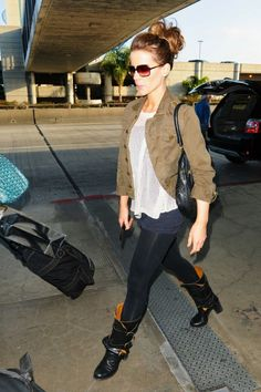 Kate Beckinsale is one of my favorite women to get fashion inspiration from for an everyday look. She is always classy.