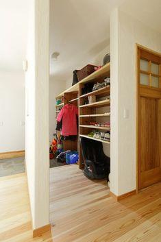 【アイジースタイルハウス】収納。シューズクロークにはたっぷり収納で◎急な来客でも玄関はいつもすっきり!