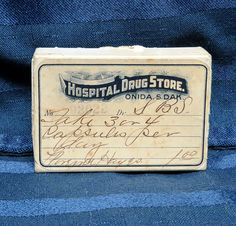 Antique Drug Store Prescription Pill BoxOnida by CurioCabinet