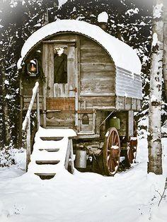 Pipowagen in de sneeuw