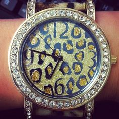 I don't normally wear watches, but this is cute!