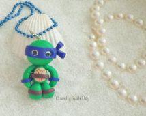 Blauwe Leonardo TMNT Polymer Clay hanger, Polymer Clay Ninja Turtle charme, polymeerklei, Ninja Turtles klei hanger, Kawaii, Chibi