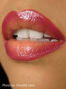 Want to try this! Use , Watermelon twist jumbo gloss balm by cover girl for the darkest shade on outer corners,Use CG berry lipliner , then revlon buffest beige liquid lipstick in the middle. Blend with a brush & blot to blend!