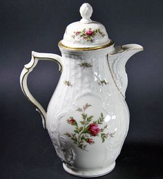 Rosenthal Sanssouci Ivory Moss Rose with gold rim **
