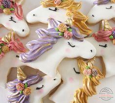 Unicorn cookies #unicorn #party #Decoratedcookies #Costumecookies #Sugarcookies #Gold #Flowers #Magical #Cookies #Etsy #goldcookies