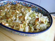 -easily subbed--Three-Ingredient Polish Hąluski Is Made With Noodles, Onion and Cabbage: Polish Haluski. Can add ham or fried bacon Entree Recipes, Side Dish Recipes, Pasta Recipes, Vegetarian Recipes, Cooking Recipes, Healthy Recipes, Casserole Recipes, Dinner Recipes, Polish Haluski Recipe