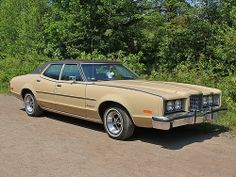 1973 Mercury Montego MX Brougham. ★。☆。JpM ENTERTAINMENT ☆。★。 Retro Cars, Vintage Cars, Antique Cars, Mercury Montego, Edsel Ford, Mercury Cars, Ford Lincoln Mercury, Ford Motor Company, All Cars