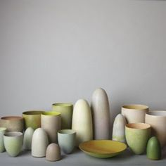 "A multitude of vessels from the ""Kimberley"" series by Australian ceramic artist Pippin Drysdale. via daily imprint Ceramic Tableware, Ceramic Clay, Ceramic Pottery, Pottery Art, Contemporary Ceramics, Ceramic Artists, Colorful Interiors, Shapes, Sculpture"