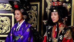연잉군의 봉군♡♡♡Dong Yi(Hangul:동이;hanja:同伊) is a 2010 South Korean historical television drama series, starringHan Hyo-joo,Ji Jin-hee,Lee So-yeonandBae Soo-bin.About the love story betweenKing SukjongandChoi Suk-bin, it aired onMBCfrom 22 March to 12 October 2010 on Mondays and Tuesdays at 21:55 for 60 episodes.cal television drama series, starringHan Hyo-joo,Ji Jin-hee,Lee So-yeonandBae Soo-bin.About the love story betweenKing SukjongandChoi Suk-bin, it aired onMBCfrom 22…
