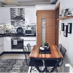 Çok Konuşulacak 44 Harika Mutfak Dolap Modelleri 44 Great Kitchen Cabinet Models to Talk Too Much Kitchen Cabinets Models, Kitchen Models, Western Kitchen, Home And Deco, Home Decor Kitchen, Decorating Kitchen, Modern Furniture, Sweet Home, House Design