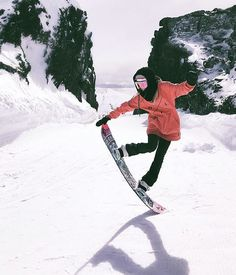 snowboard girl @walulife Wanna see more snowboards stuff? Just tap visit buttons! #snowboard #mountains