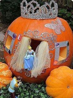 calabazas infantiles de Halloween decoradas carroza de princesa