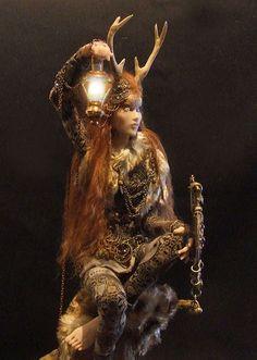 Fantasy | Whimsical | Strange | Mythical | Creative | Creatures | Dolls | Sculptures | Sharon Aur - Olde Realms