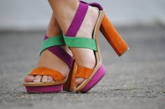 secondary color sandals. great for summer