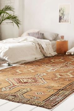 36 chic runners for your small apartment | turkish rug