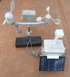Building a Solar Powered Raspberry Pi Weather Station - GroveWeatherPi (Updated March - See Update In Next SectionSoftware and Hardware Update March Gaming Computer Setup, Small Computer, Computer Programming, Computer Engineering, Computer Science, Diy Electronics, Electronics Projects, Electrical Projects, Raspberry Computer