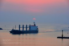 Ship to shore by hernanvanegas