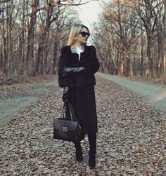 #black #outfit #fashion #skirt #boots #fauxfur #elegant