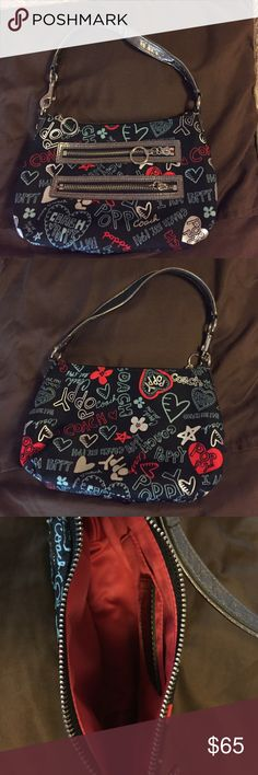 Coach Poppy small handbag Excellent condition - used a handful of times. Authentic coach Coach Bags Mini Bags