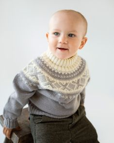 Knit Accessories for Babies & Kids - Retro Baby Knit Book Knitting For Kids, Baby Knitting Patterns, Sewing Patterns, Baby Outfits, Kids Outfits, Retro Baby, Crochet Baby, Knit Crochet, Crochet Pattern