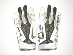 Michael Wilhoite San Francisco 49ers Game Worn & Signed Salute to Service Nike Gloves