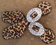 cheetah print spur straps!