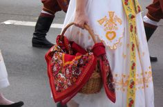 Folk Costume, Costumes, Folk Clothing, Traditional Dresses, Embroidery, Beautiful, Needlework, Dress Up Outfits, Costume