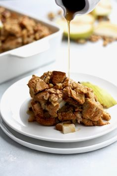 Bake this delicious french toast casserole spiced with cinnamon and cardamom for your family this fall! Breakfast casseroles are a super quick and easy recipe idea for brunch, holidays, and weekends. Dig into this french toast casserole stuffed full of walnuts, pears, and whole wheat bread! For those wondering how to make french toast casserole, we walk you through how to make this easy but not overnight recipe. Pears and cardamom make a perfect pairing and are a unique alternative to apples! Pear Recipes Breakfast, Breakfast Cake, How To Make Breakfast, Fall Breakfast, Breakfast Ideas, Baked French Toast Casserole, French Toast Bake, Easy Desserts, Dessert Recipes