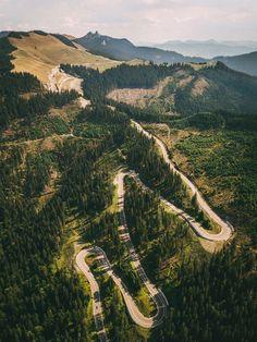 Rarau (Bucovina), road crossing a part of the Northern Carpathian Mt. Turism Romania, Visit Romania, Romania Travel, Winding Road, The Beautiful Country, Beautiful Places To Visit, Places To Go, Bridge, Scenery