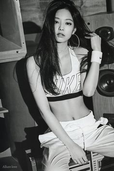 Amy Winehouse/Courtesy of Last.fm This makes me feel: Laughing, because it is so true When Amy popularity became apparent in. Kim Jennie, Jenny Kim, Amy Winehouse, Vogue Korea, Korean Girl, Asian Girl, Divas, Black Pink ジス, Exo And Red Velvet