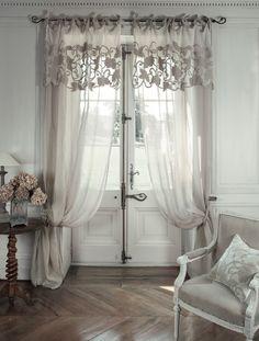 "Tenda di velluto e lino con mantovana ""Manoir"" Mathilde M"