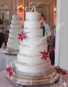 Unforgettable Wedding Cakes by Ramona