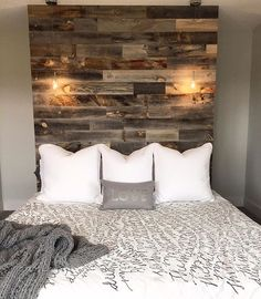 Have a limited budget but still want to make an impact on your space? This headboard wall is an affordable way to give your bedroom that final touch it needed! | @that_girl80 . . . . . . . #Stikwood #reclaimed #woodwall #reclaimedwood #sustainable #sustainabledesign #headboard #rusticdecor #rustic #maker #madeinusa #designer #design #interiors #interiordesign #homedecor #diy #decor #bedroomdecor #interiordesigner