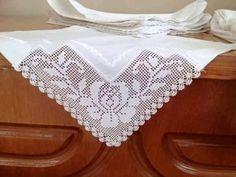Fillet Crochet, Lace Patterns, Lace Shorts, Diy And Crafts, Mosaic, Cross Stitch, Lace Doilies, Linen Tablecloth, Vintage Crochet
