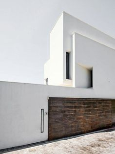 Architecture projects from GEA Arquitectos, an Architecture Office firm centered around Minimal Architecture, Facade Architecture, Residential Architecture, Amazing Architecture, Contemporary Architecture, Exterior Design, Modern Design, Houses, Facades