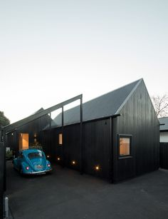 8 Persevering Clever Tips: Steel Roofing Overhang roofing diy the family handyman.Charcoal Metal Roofing shed roofing bedroom. Roofing Options, Roofing Materials, Urban Cottage, Steel Roofing, Tin Roofing, Roofing Shingles, Modern Roofing, Shed Roof, Roof Architecture