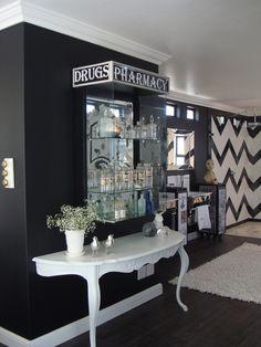 Black & White Bedroom, Chevron Tile in Shower/Tub area