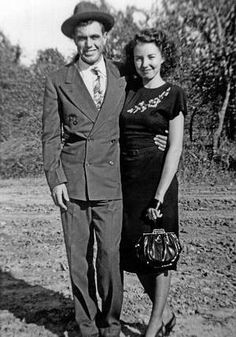 jd tippit at 23 with his wife Mary Francis (19), 1947