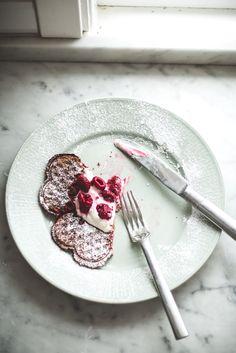 oat and millet sourdough waffles // gaufres avoine et millet