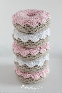 Prinsessajuttu: virkatut herkut Crochet Food, Knit Crochet, Crochet Hats, Fun Crafts, Diy And Crafts, Baby Boy Gifts, Chrochet, Pin Cushions, Crochet Projects