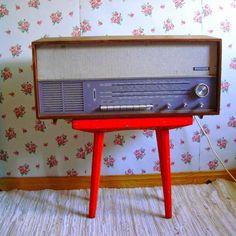 """★ Fiery Red ★ Mukavaa maanantaita! toivottelee Riitta Sinikka Blogissa..""""radiokanava-..ym..juttuja"""" Hymiö smile http://romulyyli.blogspot.fi/ https://www.facebook.com/celine.marcoz.3/posts/1534313163514143"""