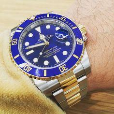 116613LB #thewristwatcher #rolexwrist #waatches #watchlover #watchoftheday #watchjunkies #rolexing #rolexero #sunburstdial #submariner #rolexsubmariner #watchweb by watch_116613lb #rolex #submariner