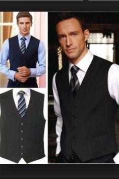 Gilet bleu marine ou bleu marine et vert avec cravate bleu marine seulement avec logo TO ou cravate verte unie avec logo TO