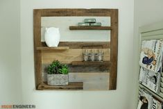 I always love a project that I can create from the overwhelming pile of scrap wood I accumulate. Check out this simple scrap wood shelf that we threw together. Old Wood Projects, Woodworking Projects Diy, Diy Projects, Woodworking Workshop, Wood Wall Shelf, Wood Shelves, Diy Casa, Wood Scraps, Diy Holz