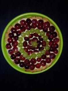 Crostata di uva con spezie e liquore