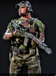 2pac Wallpaper, Ghost Soldiers, Military Special Forces, Cyberpunk Character, Cool Gear, Shotguns, Modern Warfare, Armored Vehicles, Call Of Duty
