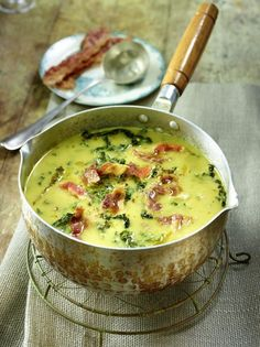 Potato and savoy cabbage soup with bacon- Kartoffel-Wirsing-Suppe mit Speck Our popular recipe for potato savoy soup with bacon and over more free recipes on LECKER. Potato Recipes, Soup Recipes, Cooking Recipes, Healthy Recipes, Free Recipes, Delicious Recipes, Healthy Soup, Soup Kitchen, Eat Smart