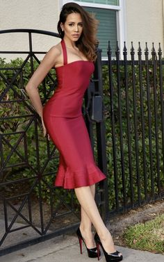 57164d7066 This burgundy midi dress is a stunning head turner. The halter neckline  exposes your shoulders